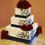 1176 Wedding BC Square 3-tier B_W Climbing Scroll Piping Black Base Borders Freshflowers Red Roses