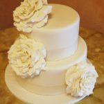 1238 Wedding Fondant Round 2-tier Neutral Handmade Roses White 1'' Base Border