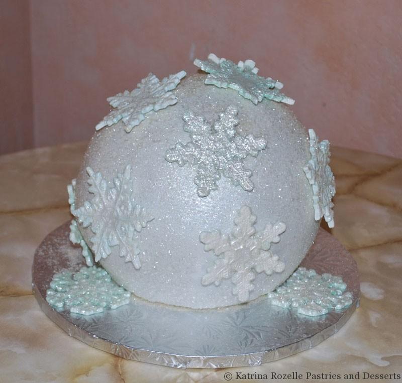Marie's Snowflake Cake